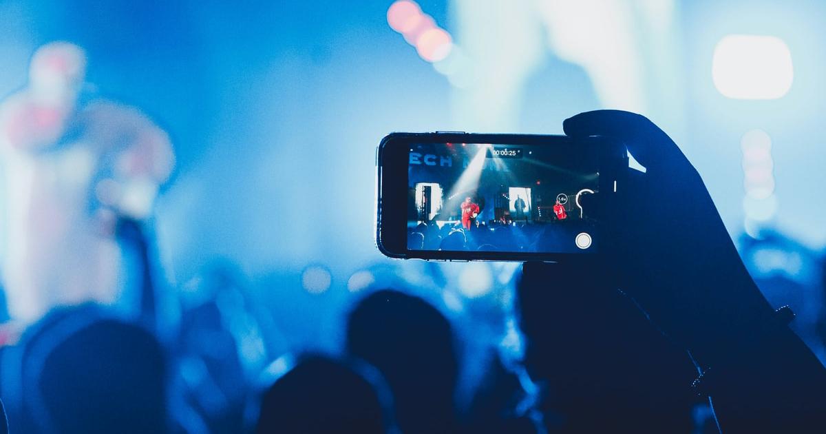 オンラインでライブに行こう。